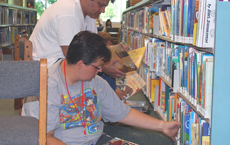 library-volunteer